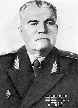 Генерал-майор Ловягин П.Е. с 1937 года начальник Военной Академии химической защиты.