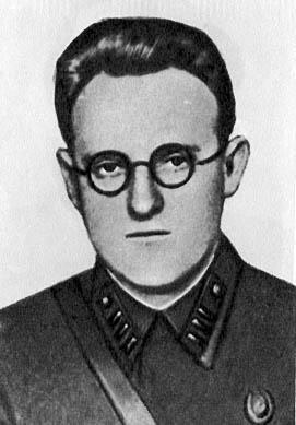 Клячко Ю.А. (инженер первого ранга) - начальник Военной академии химической защиты 1941 -1942 гг.