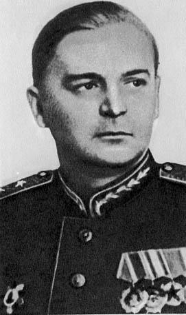 Аборенков В.В. (генерал-лейтенант артиллерии) - начальник Главного военно-химического управления 194