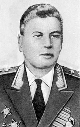 Манец Ф.И. (генерал-лейтенант технических войск) - начальник химических войск 1966-1969 гг.
