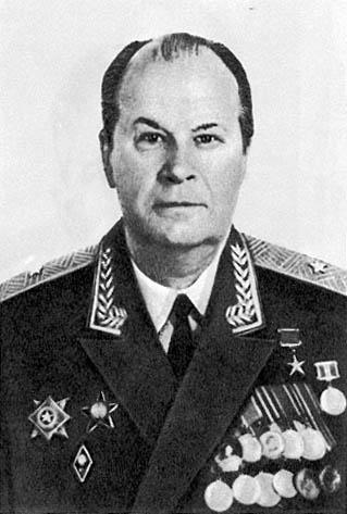 Николаев К.М. - герой социалистического труда.